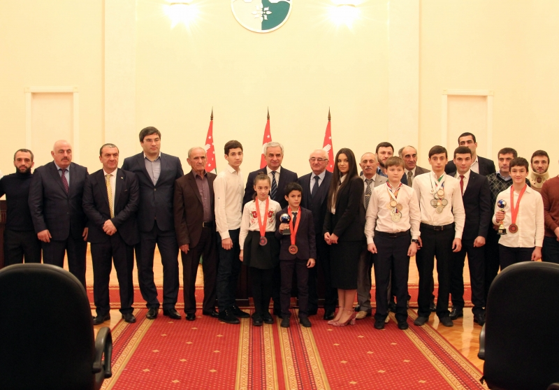 The President Had a Meeting with the Winners of International Sports Competitions