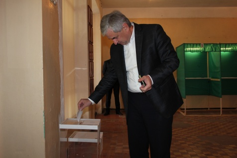 Raul Khadjimba Voted in the Elections to the Local Government