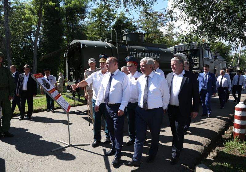 Raul Khadzhimba and Murat Kumpilov Visited the 7th Krasnodar Red Banner Order of Kutuzov and the Red Star Military Base of the Russian Federation