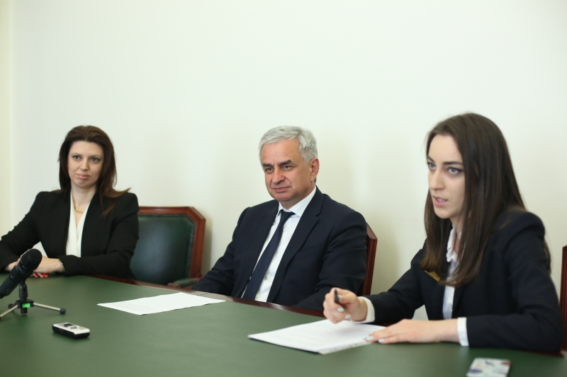 The President Had a Meeting with a Delegation from the Federal Republic of Germany (FRG) Headed by the Official Representative of the Chamber of Commerce and Industry of the Republic of Abkhazia in the FRG