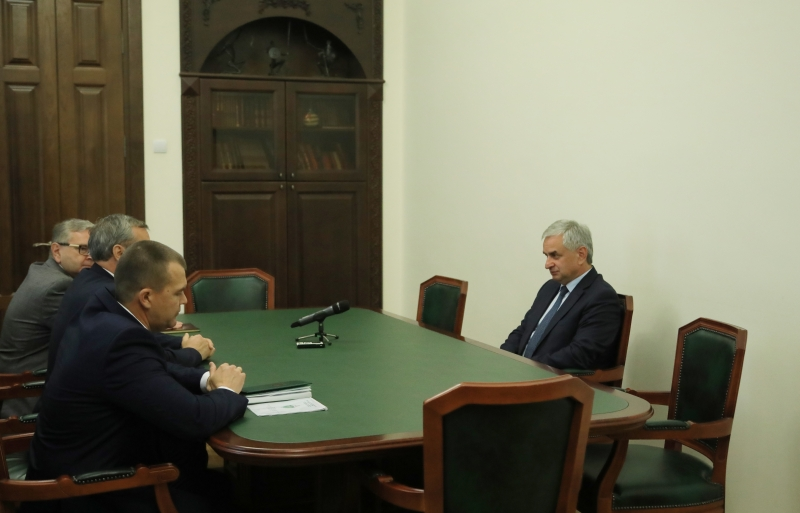 The President Had a Meeting with the New Head of the Border Control of the Russian FSB in the Republic of Abkhazia