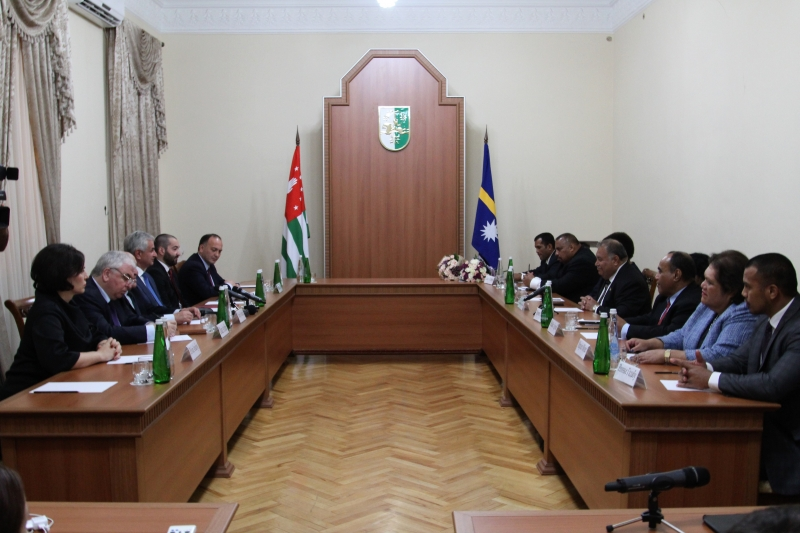 An Extended Meeting between Presidents of the Republic of Abkhazia and the Republic of Nauru