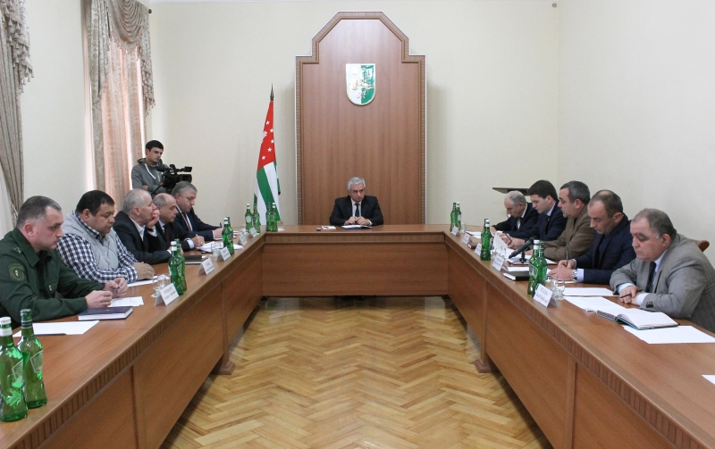 The President Held a Meeting on the Issues of the Current Fishing Season in the Water Area of the Republic of Abkhazia