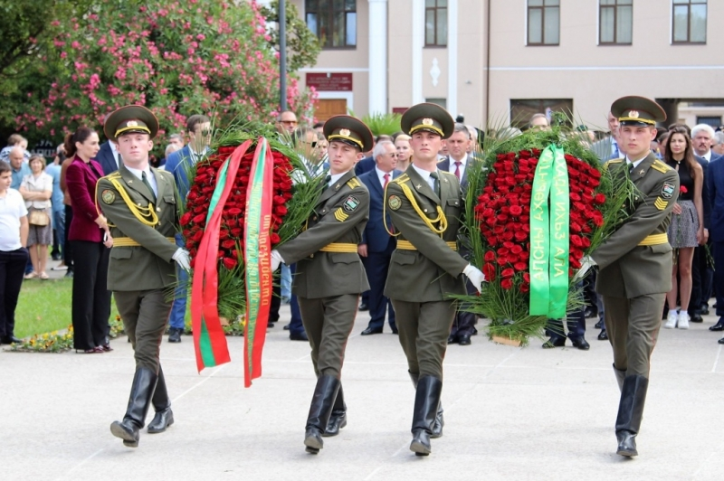 The President Participated in the Ceremony of Unveiling of the Monuments to Sultan Sosnaliyev and Sergei Dbar