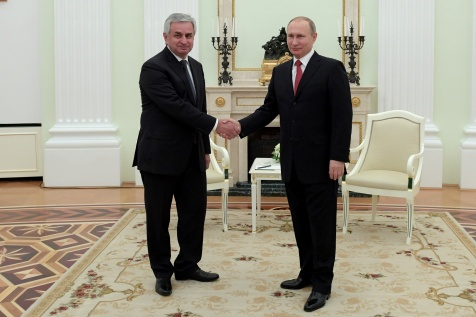 Raul Khadzhimba Had a Meeting with President of the Russian Federation Vladimir Putin