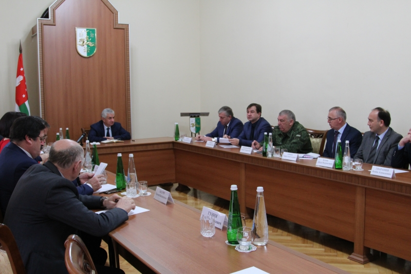The President Held a Meeting of the Committees for the Preparation to the Celebration of the 25th Anniversary of Victory in the Patriotic War of 1992-1993 and the 10th Anniversary of the International Recognition of the Republic of Abkhazia