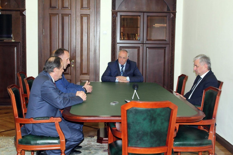 A Meeting with Observers for Elections to Parliament from South Ossetia and the Republic of Artsakh