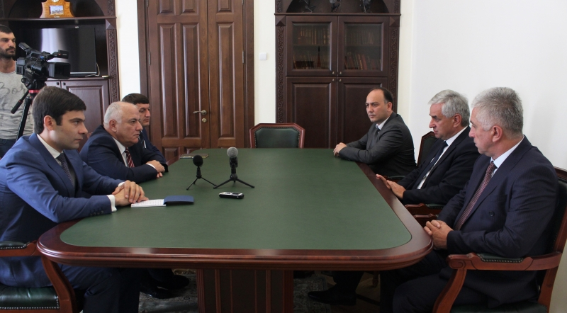 The President Had a Meeting with Vadim Kharazia and Inar Gitsba